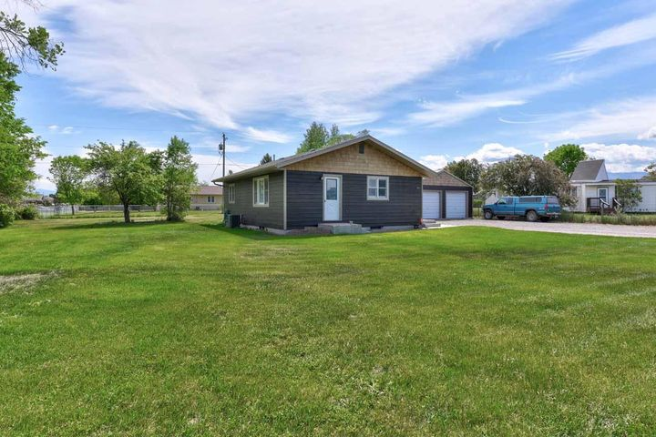 3031 Meadowlark Drive, East Helena, MT 59635