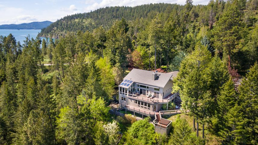 953 Angel Point Road, Lakeside, MT 59922