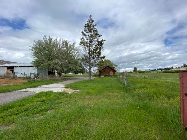 2133, 2139 Old Reserve Drive, Kalispell, MT 59901