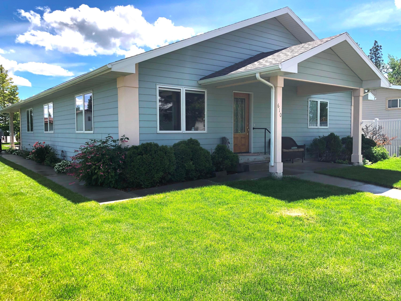 610 1st Avenue N, Fairfield, MT 59436