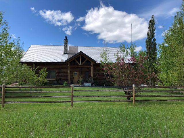 42 Travelers Home Rd, Philipsburg, MT 59858