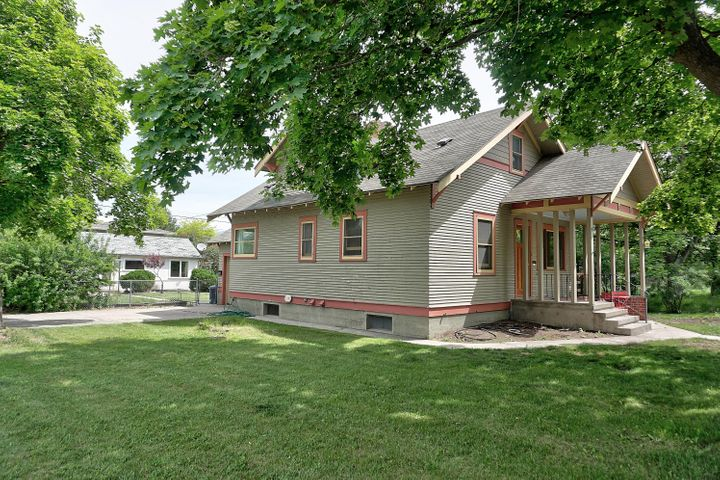 946 S 5th Street W 946 1/2, Missoula, MT 59801
