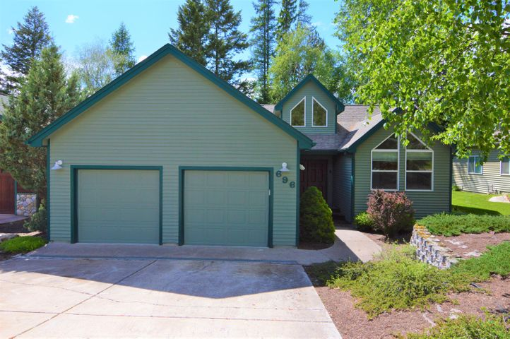 696 St Andrews Drive, Columbia Falls, MT 59912