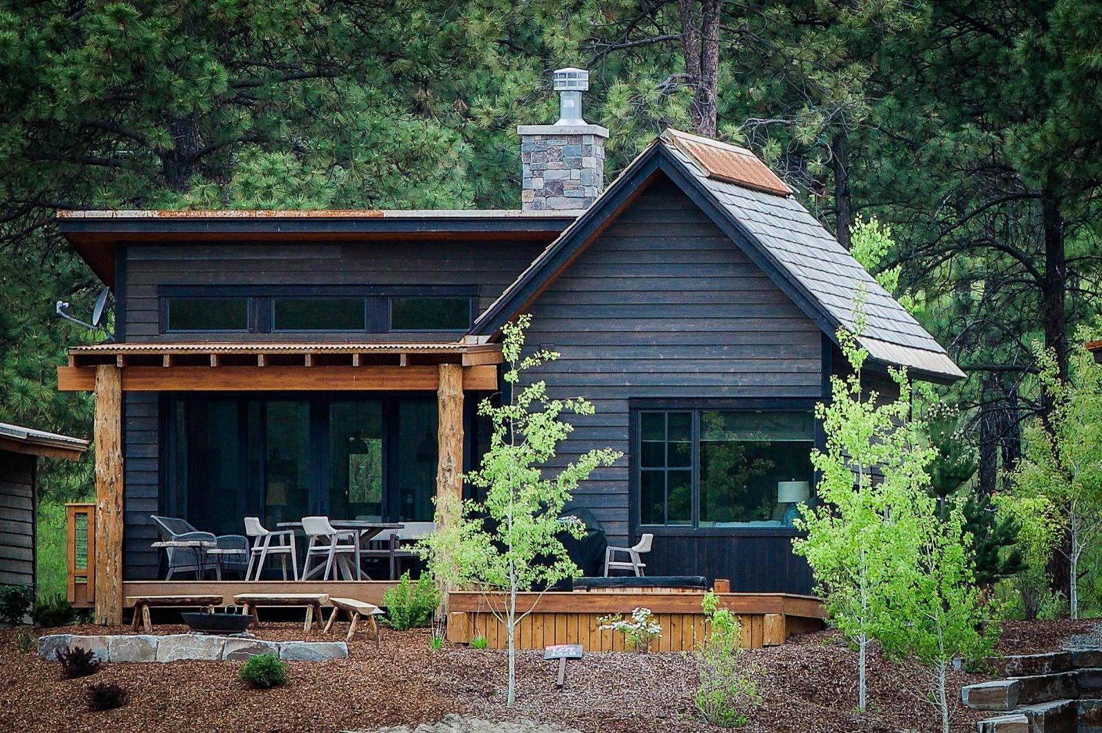 62 Cottage Lake Lane, Eureka, MT 59917