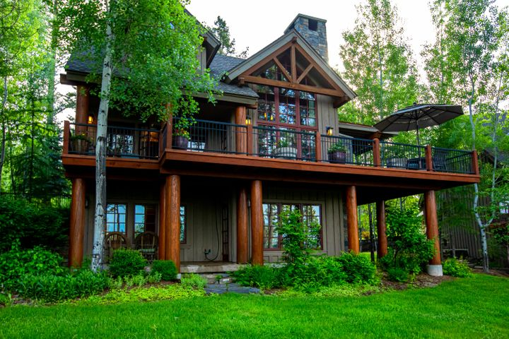 2077 Silverberry Lane, Whitefish, MT 59937