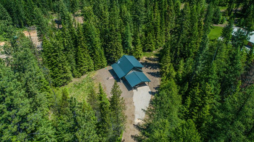 2 Hidden Lane, Trout Creek, MT 59874