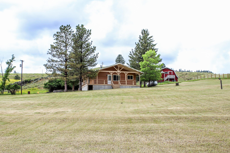 38 High Noon Lane, Cascade, MT 59421