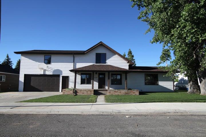 618 Central Avenue, Fairfield, MT 59436
