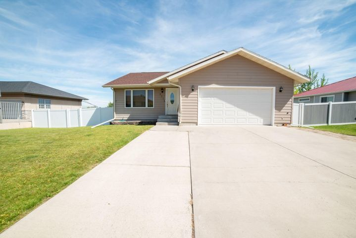 3713 Fairway Drive, Great Falls, MT 59401