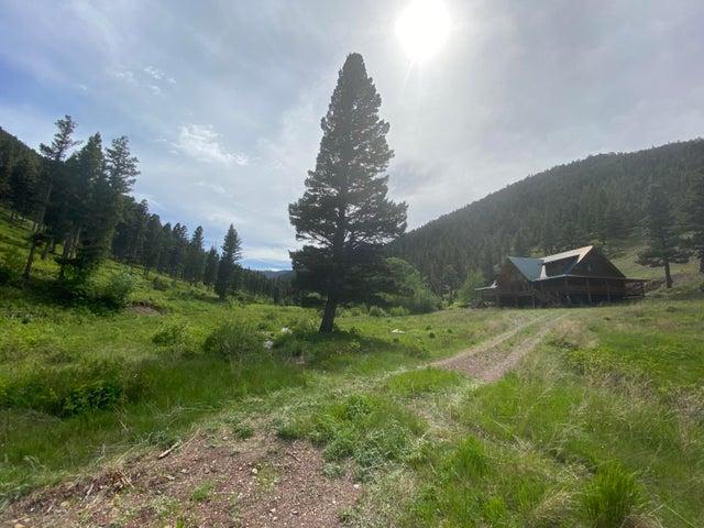 1 Green Pole Creek Road, Wolf Creek, MT 59648