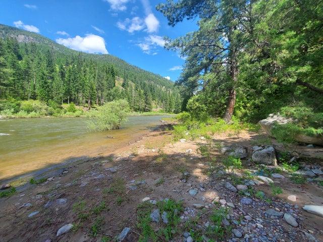 Nhn Mt Hwy 200 E, Bonner, MT 59823