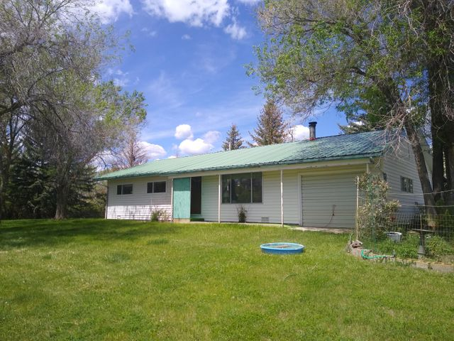 48 Hwy 77, Hot Springs, MT 59845