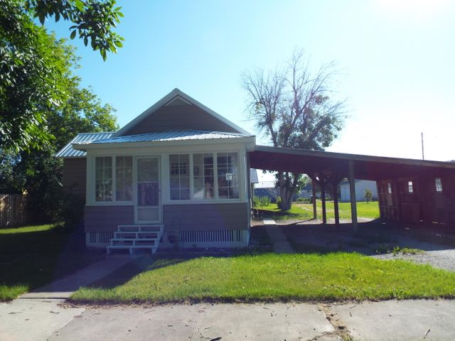 219 1 Avenue S W, Choteau, MT 59422