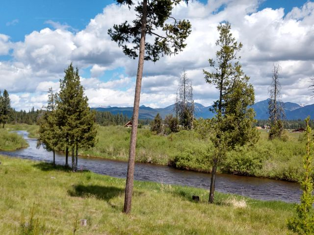 740 Overland Trail, Seeley Lake, MT 59868