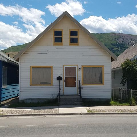 Unusual 4 bedroom 1 3/4 bath has a sink and shower in separate area upstairs. Good home for a family needing more rooms. Good neighborhood with close access to the Hospital and Clinic, shopping, churches and Washoe Park.