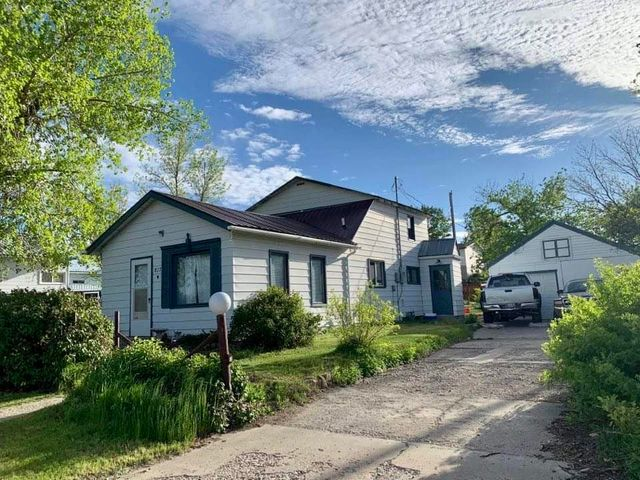 Here is an older well built home close to a City Park, It has 3 bedrooms (one bedroom on the main floor & two upstairs) & one bathrooms. A detached 2 stall garage plus a large back yard for BBQ's or games & a fenced dog yard attached to the back of the garage. Call your local real estate professional today to view!