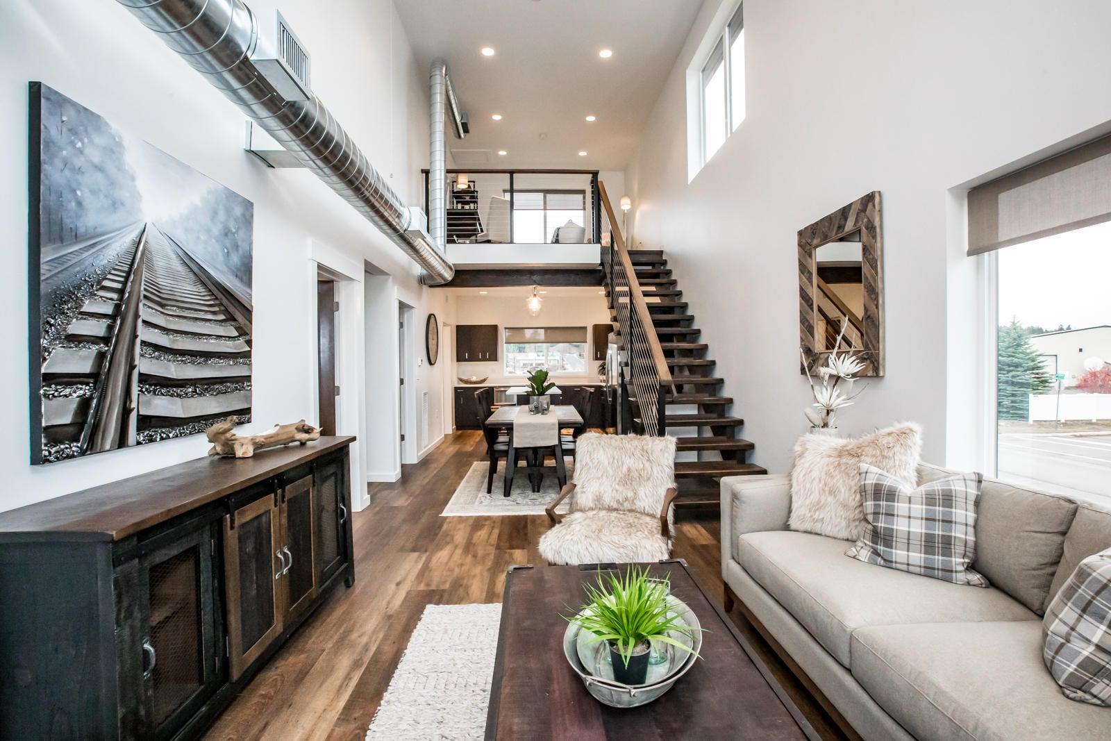 4 Living Room Main (7)