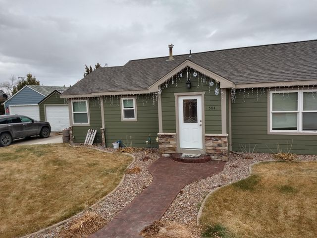 ONE Level! What a beautiful home on the corner. This house is done, it has been remodeled with good taste. 2 bedroom 1 bath easy keep with a well maintained yard and fence. Its just perfect for the person that wants easy.  Call Mitchell Peters at 406-868-7705 or your real estate professional.