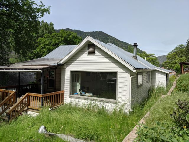 Very cute 3 bed / 1 bath home needing you to love it back to life. - Kitchen has been remodeled [no appliances] and the bathroom will need some finish work.  20 minutes to North Reserve off ramp.  -- FOR MORE INFORMATION AND A TOUR OF THIS WONDERFUL HOME, PLEASE CALL TOM RUSSELL [406] 546-2233 - or your real estate professional.