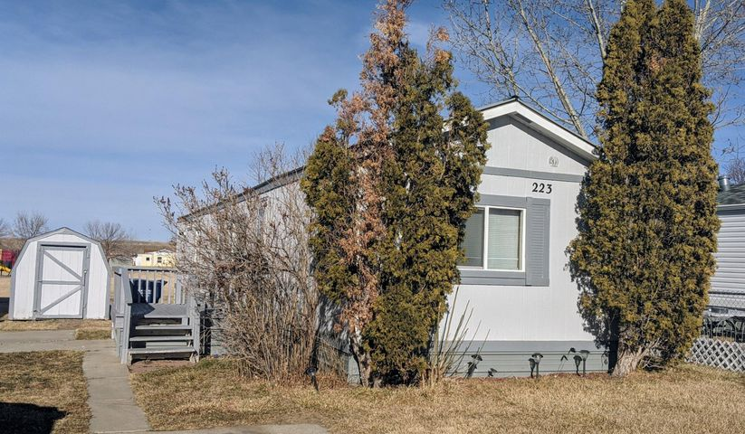 Adorable Move-in ready 3 bedroom 2 bathroom mobile home located in Countryside Village. Many updated features including newer flooring, on demand water heater, new fridge and washer/dryer less than 2 years old. Lot rent of $413/mo. Buyer must fill out application and be approved by park.