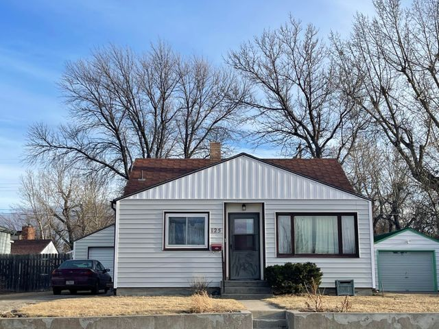 Priced to Sell! Main level with living room, eat-in kitchen, 2 bedroom, 1 full bath, office/bonus room. Lower level is unfinished with laundry hookups and storage. Fenced yard, deck off bonus room. Single detached garage. Off street parking. Call Jessica Hedges at 406-845-3156, or your real estate professional.