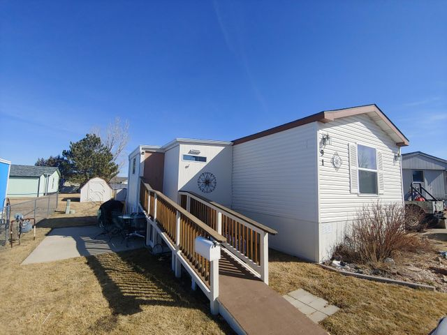 Why throw $ out the window renting when you can own your own investment. Check out this well maintained 2000 Highland Classic Silver, 4 bedroom, 2 bathroom   property located in Countryside Village.  Many upgrades to include C/A, a newer roof and windows.