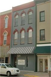 126 W 2ND STREET, Muscatine, IA 52761