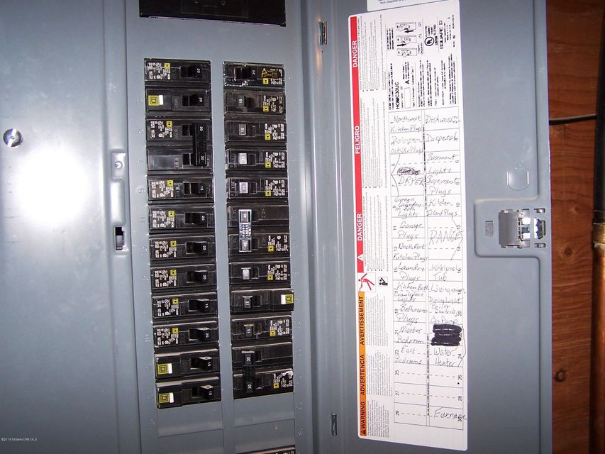 438 Bryant Avenue Sw Wadena Mn 56482 Park Co Realtors Wiring Devices
