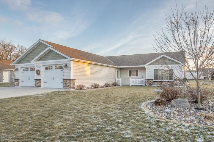 843 Whitetail Lane, Detroit Lakes, MN 56501