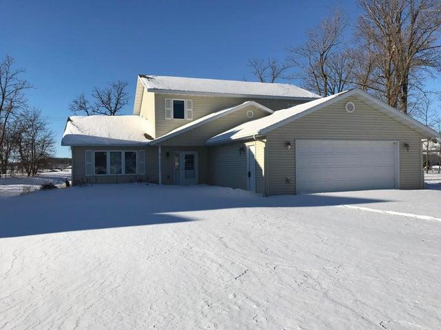 1302 Bayridge Drive, Detroit Lakes, MN 56501