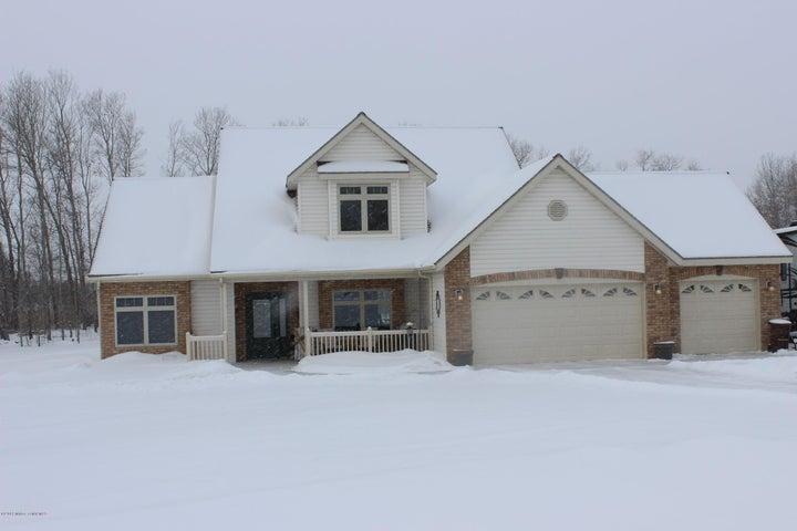 18526 Willow Springs Rd, Detroit Lakes, MN 56501