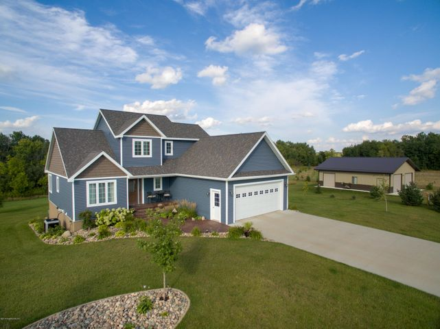46378 St Lawrence Drive, Perham, MN 56573