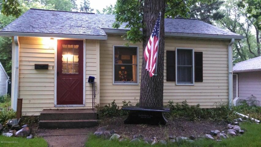 338 Parkview Street, Detroit Lakes, MN 56501