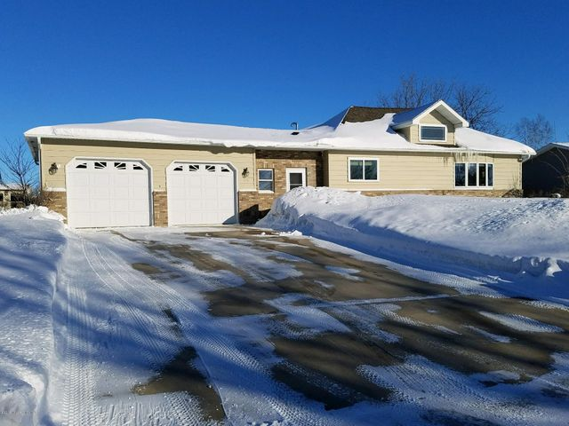 315 11th Ave Se, Elbow Lake, MN 56531