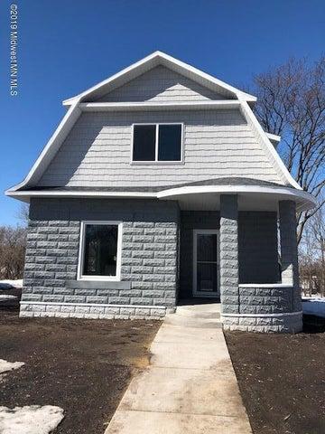 209 Lake Avenue S, Ottertail, MN 56571