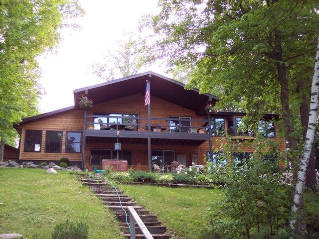 31604 SW Pickerel Lake Road, Detroit Lakes, MN 56501