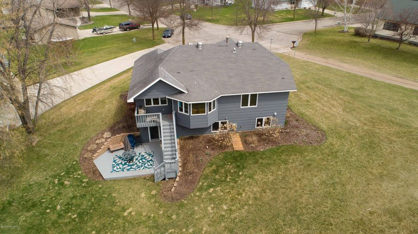 916 Meadow Hill Lane, Fergus Falls, MN 56537