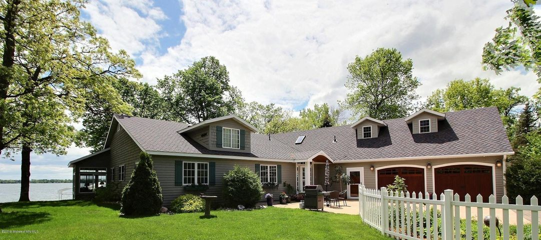 23747 Pebble Beach Lane, Detroit Lakes, MN 56501