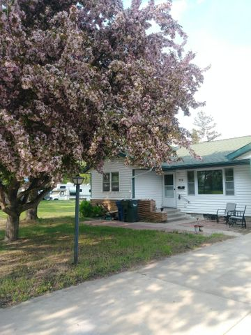 710 Springen Avenue, Fergus Falls, MN 56537