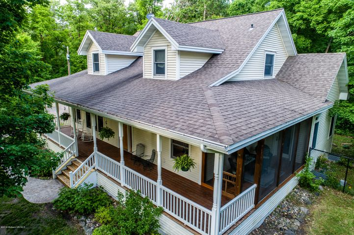 32827 NE Pickerel Lake Drive, Rochert, MN 56578