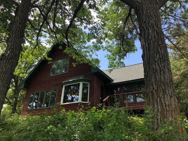 1097 Lakewood Drive, Detroit Lakes, MN 56501