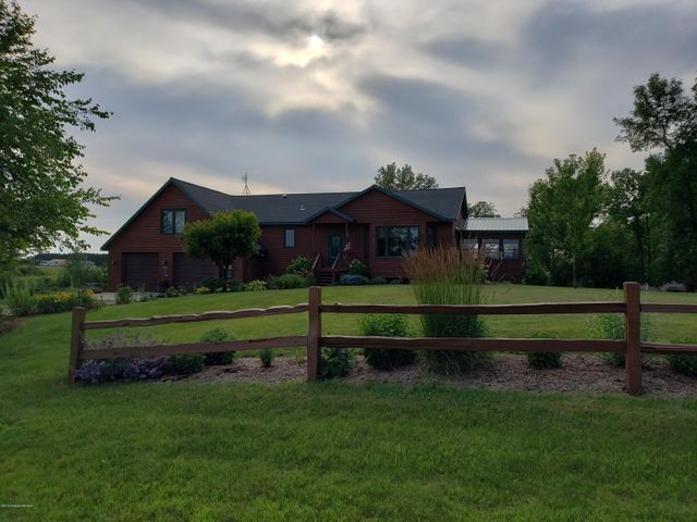 18586 County Highway 25, Detroit Lakes, MN 56501