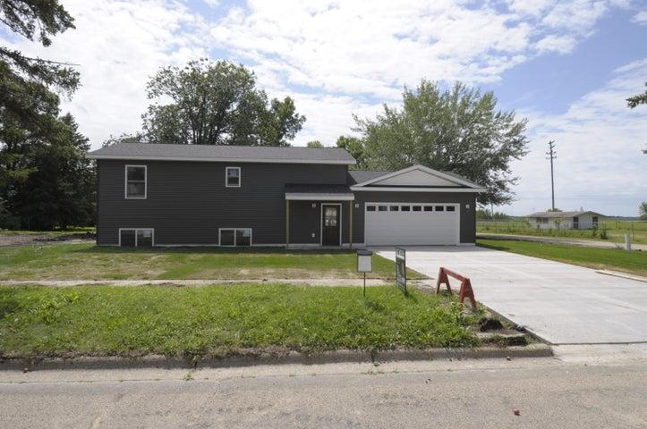 420 Lake Street, Lake Park, MN 56554