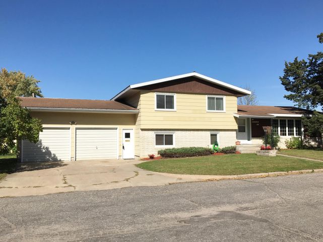 10 Jackson Avenue SW, Wadena, MN 56482