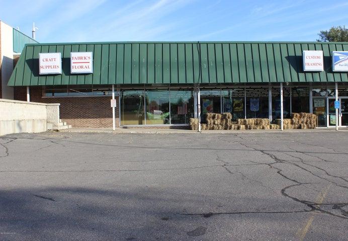 130 W Cavour Avenue, Fergus Falls, MN 56537