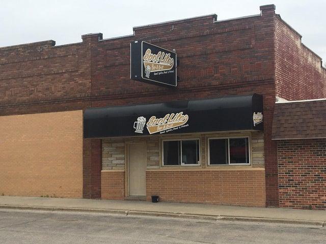 206 6th Street, Hawley, MN 56549
