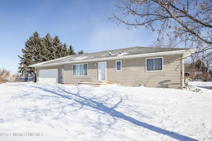 305 3rd Street NW, Rothsay, MN 56579