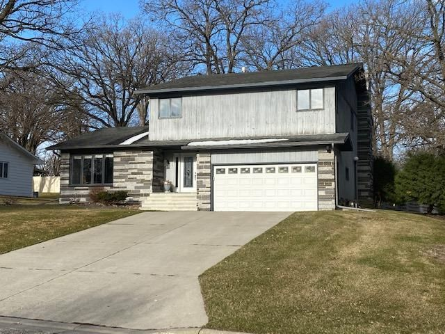 914 Pembina Trail, Detroit Lakes, MN 56501