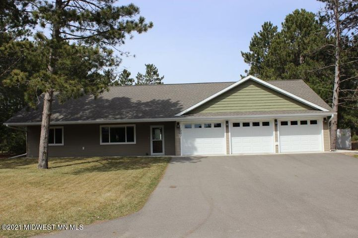 1007 North Street E, Park Rapids, MN 56470