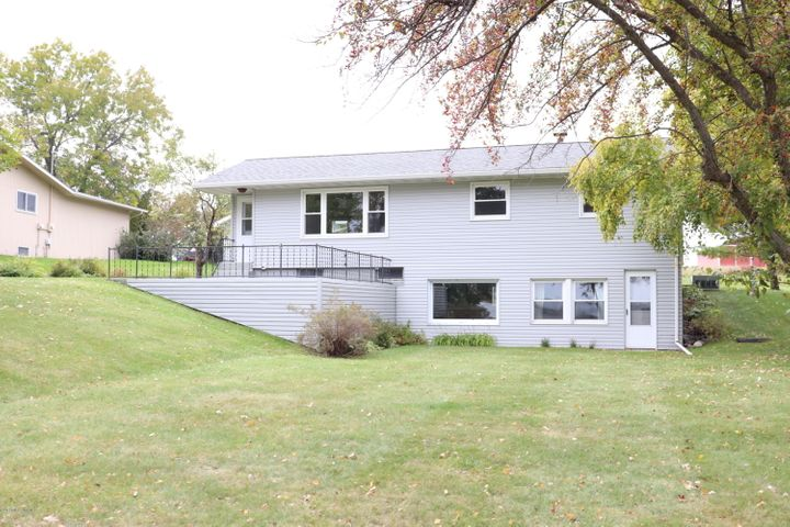 25219 Town & Country Estate Road